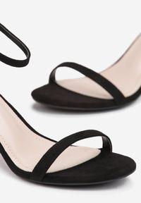 Renee - Czarne Zamszowe Sandały Prediction. Kolor: czarny. Materiał: zamsz