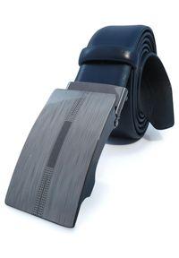 Granatowy męski pasek - automatyczna klamra KMG32. Kolor: niebieski. Materiał: jeans, skóra. Styl: klasyczny, elegancki