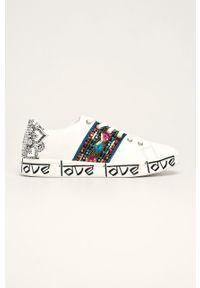 Białe buty sportowe Desigual na obcasie, z cholewką, na średnim obcasie