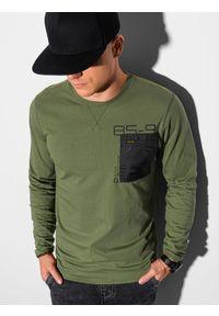 Ombre Clothing - Longsleeve męski z nadrukiem L130 - oliwkowy - XXL. Kolor: oliwkowy. Materiał: bawełna, tkanina. Długość rękawa: długi rękaw. Wzór: nadruk