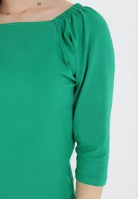 Born2be - Zielona Bluzka Rhethessei. Kolor: zielony
