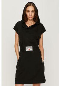Czarna sukienka Love Moschino z aplikacjami, mini, z kapturem, casualowa