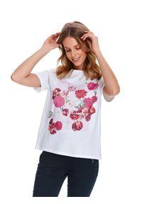 Biały t-shirt TOP SECRET krótki, na wiosnę