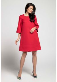 Czerwona sukienka Nommo wizytowa