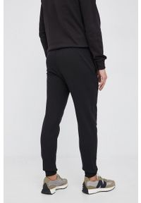 C.P. Company - Spodnie. Kolor: czarny. Materiał: dzianina