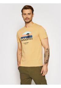 Jack & Jones - Jack&Jones T-Shirt Cabana 12188501 Żółty Regular Fit. Kolor: żółty