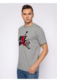 Nike T-Shirt Jordan Classics BV5905 Szary Standard Fit. Kolor: szary
