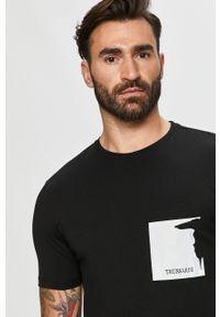 Czarny t-shirt Trussardi Jeans z nadrukiem, casualowy, z okrągłym kołnierzem