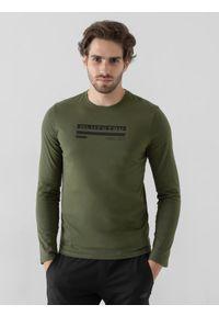4f - Longsleeve regular męski. Kolor: oliwkowy, brązowy, wielokolorowy. Materiał: bawełna, dzianina. Długość rękawa: długi rękaw