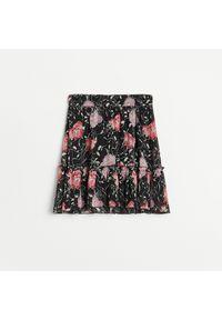 Reserved - Wzorzysta spódnica mini - Czarny. Kolor: czarny