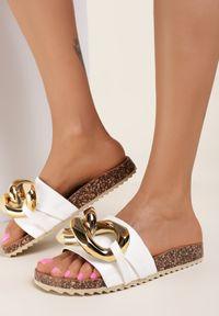 Renee - Białe Klapki Zeuxixera. Nosek buta: okrągły. Kolor: biały. Styl: klasyczny