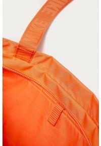 Nike Sportswear - Torebka BA6444. Kolor: pomarańczowy. Rodzaj torebki: na ramię