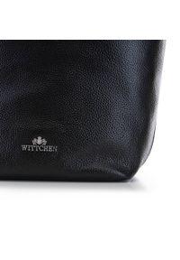 Czarna torebka worek Wittchen z haftem, na ramię, skórzana