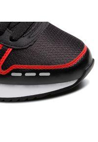 Czarne buty sportowe Puma na co dzień, z cholewką