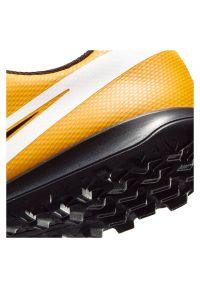 Buty piłkarskie dla dzieci turfy Nike Mercurial Vapor 13 Club PS TF AT8178. Zapięcie: rzepy. Materiał: guma, syntetyk, skóra. Szerokość cholewki: normalna. Sport: piłka nożna