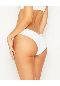 BEACH BUNNY - Biały dół od bikini. Kolor: biały. Materiał: materiał