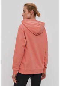 Vans - Bluza bawełniana. Okazja: na co dzień. Typ kołnierza: kaptur. Kolor: różowy. Materiał: bawełna. Długość rękawa: długi rękaw. Długość: długie. Styl: casual