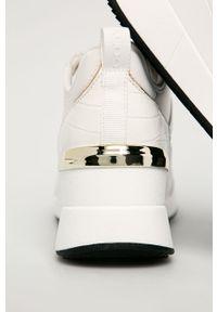 Białe buty sportowe Aldo na średnim obcasie, z cholewką, na koturnie, z okrągłym noskiem