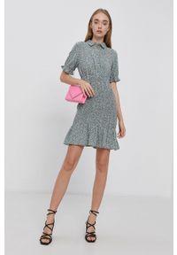 Vero Moda - Sukienka. Okazja: na co dzień. Kolor: zielony. Materiał: bawełna, materiał. Długość rękawa: krótki rękaw. Typ sukienki: proste. Styl: casual