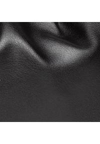 DeeZee - Torebka DEEZEE - RC18456 Black. Kolor: czarny. Materiał: skórzane. Styl: klasyczny. Rodzaj torebki: na ramię