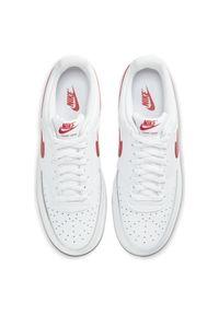 Buty męskie Nike Court Vision Low CD5463. Materiał: guma, syntetyk, materiał, skóra. Szerokość cholewki: normalna. Wzór: napisy, jednolity. Sezon: lato. Model: Nike Court. Sport: koszykówka