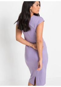 Sukienka ołówkowa z rozcięciem bonprix w kolorze bzu. Kolor: fioletowy. Typ sukienki: ołówkowe