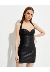 Balmain - BALMAIN - Krótka skórzana sukienka. Kolor: czarny. Materiał: skóra. Długość rękawa: na ramiączkach. Długość: mini
