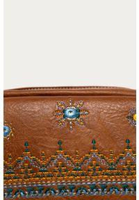 Złota listonoszka Desigual z haftem, z aplikacjami, mała, na ramię