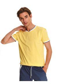 Żółty t-shirt TOP SECRET w kolorowe wzory, na lato, klasyczny, z klasycznym kołnierzykiem
