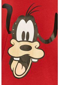 Czerwona bluzka Levi's® casualowa, z motywem z bajki, na spotkanie biznesowe
