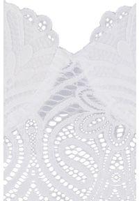 Biały biustonosz Undiz z fiszbinami, w koronkowe wzory